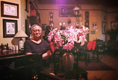 Tranh vẽ hoa của giáo sư Hoàng Đạo Kính